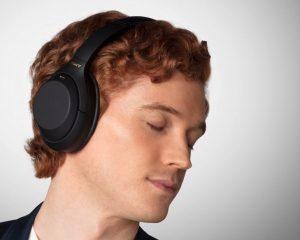 Trådløse WH-1000XM4-hovedtelefoner med støjreduktion
